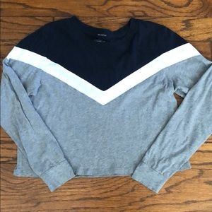 Abercrombie and Fitch Cropped Long Sleeve Shirt